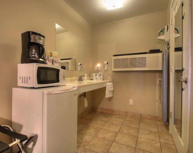 Deluxe 2 Bedroom Family Suite |